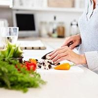 تغذیه مناسب ، متعادل و قرنطینه
