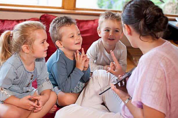 صحبت کردن کودک