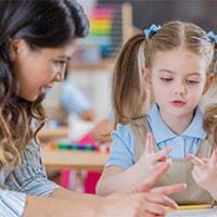 صحبت کردن کودک | رشد و تکامل زبان در کودکان و چگونگی آن
